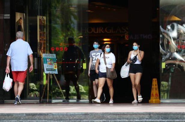 """""""소비만능주의는 곤란""""...젊은층 '선구매 후결제' 열풍에 경고등 켠 싱가포르"""